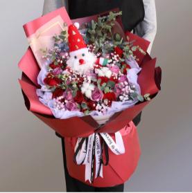 父亲送给母亲应该送什么花    适合送妈妈的花