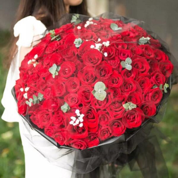 99枝精品紅玫瑰花束復古網紗款