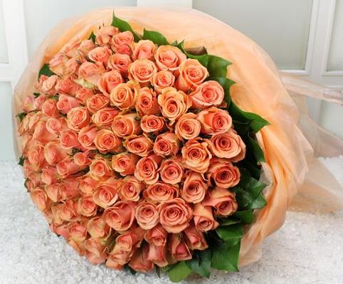 想要異地送花,在網上花店做鮮花預定什么網站最好