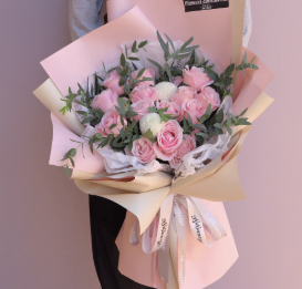 閨蜜生日送什么花合適   滿天星適合送閨蜜嗎