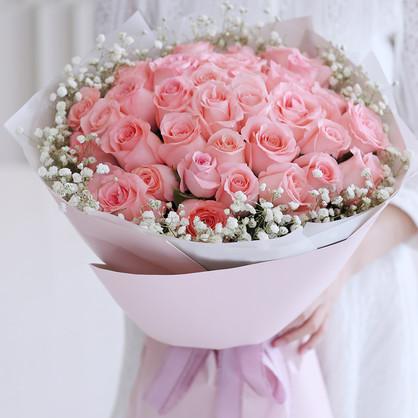 33枝粉色戴安娜玫瑰花束