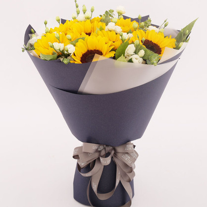 10枝向日葵精美花束
