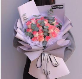 第一次給女朋友送花   送女朋友花在什么場合