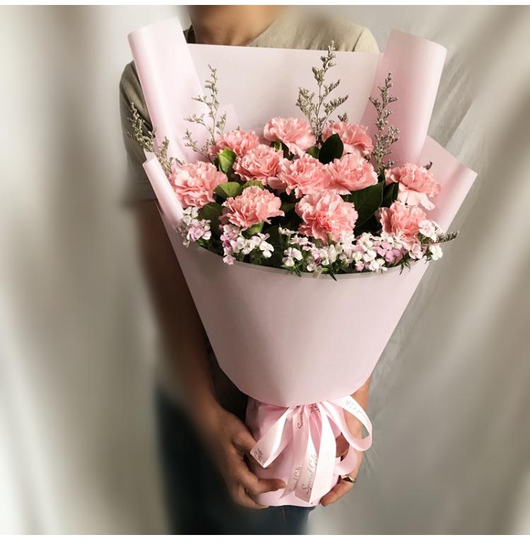鮮花可以送給親人嗎 鮮花送給親人怎么樣