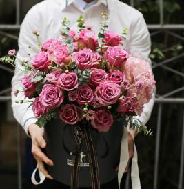 33朵香檳玫瑰送老公行嗎   適合送老公的玫瑰花有啥