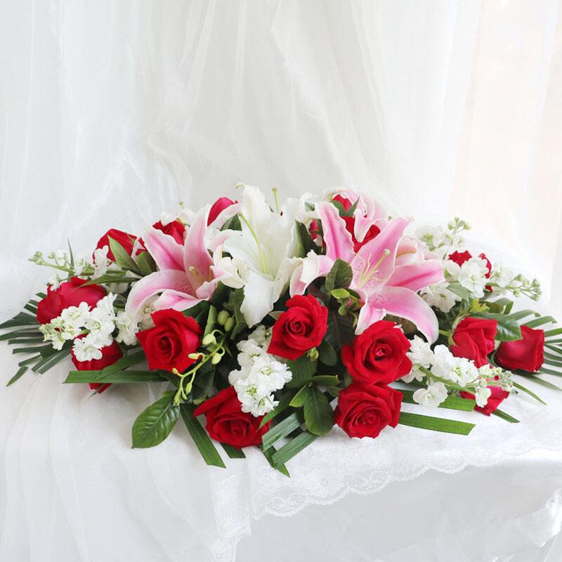 粉白百合紅玫瑰會議桌花