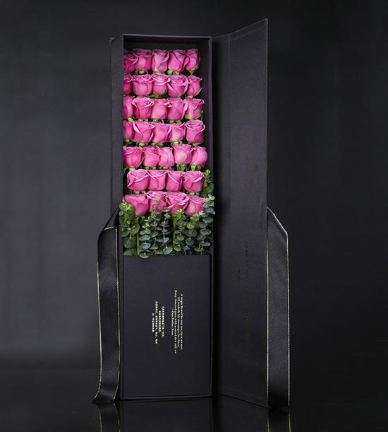 33枝紫玫瑰精美礼盒
