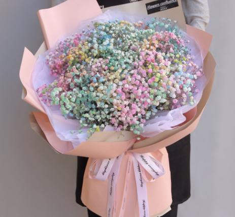 男生送花是什么意思 男生送不同花代表的含義