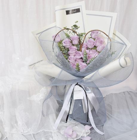 女朋友生日送花,女友送花網上訂花可以嘛