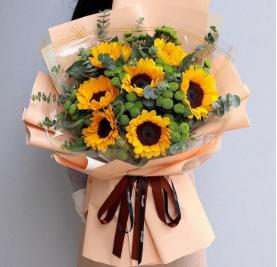 白色情人節送什么花    情人節送花多少朵