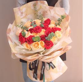 閨蜜訂婚送花合適嗎     訂婚的花束有哪些