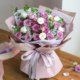 老婆送老公鮮花好么   給老公送花寫點什么呢