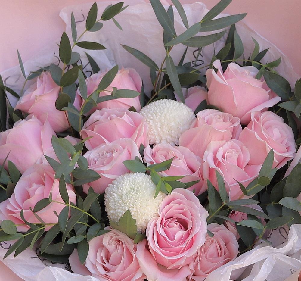 19枝粉雪山韓式花束