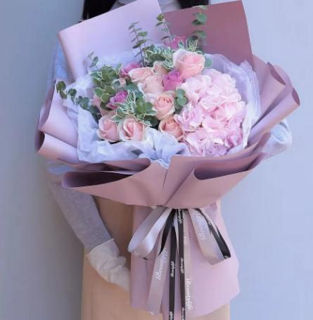 第一次見男朋友媽媽送花可以嗎,見父母送花推薦