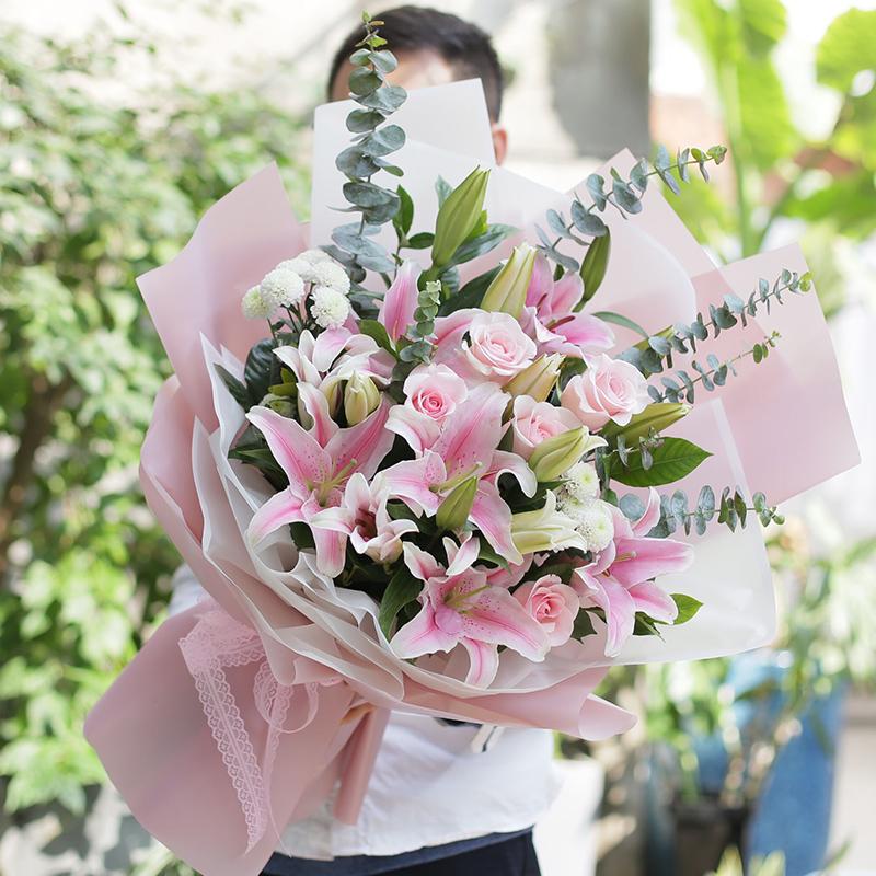 戀愛紀念日送什么花 戀愛紀念日送哪些花