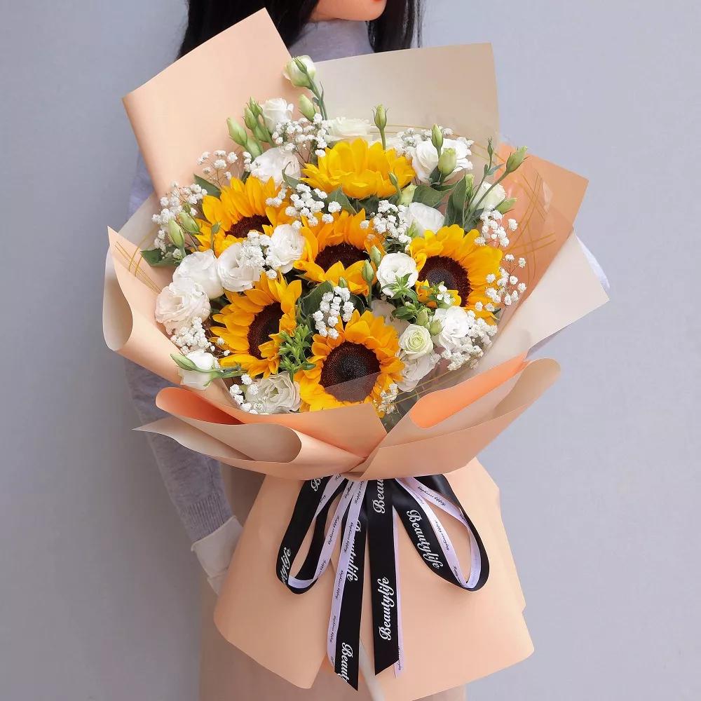 6枝向日葵精美花束