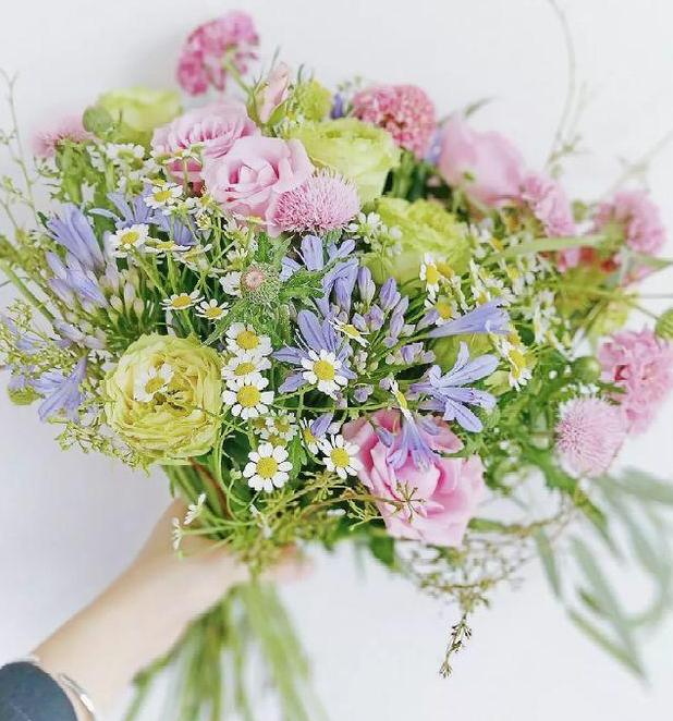 3朵向日葵可以用來表白嗎   送三朵向日葵什么意思