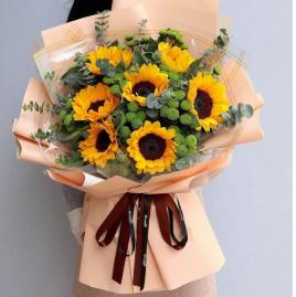 暗戀一個人可以送什么花    暗戀別人送什么鮮花好