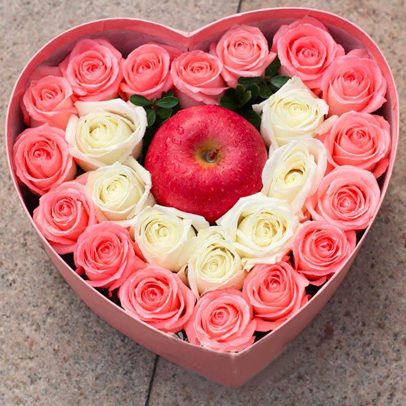 粉白玫瑰平安花盒