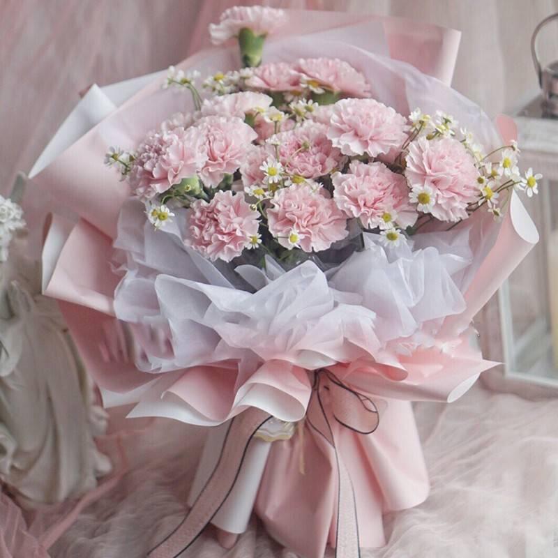 16枝粉色康乃馨花束