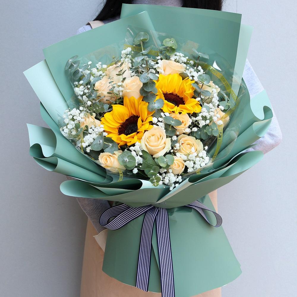 12枝香檳玫瑰向日葵混搭花束