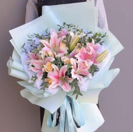 水仙花的花語和寓意是什么?不同的種類適合不同的人