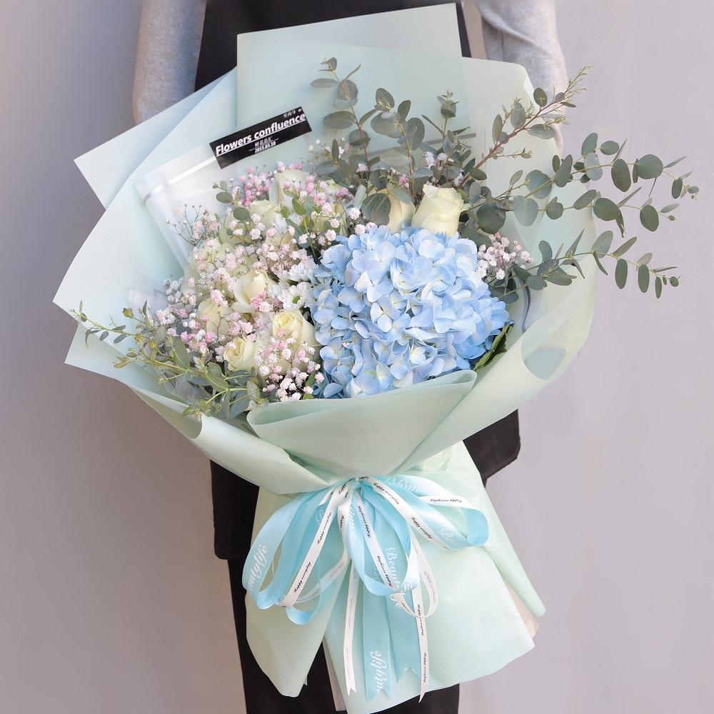 繡球花和什么花搭配好 繡球花適合和什么花搭配