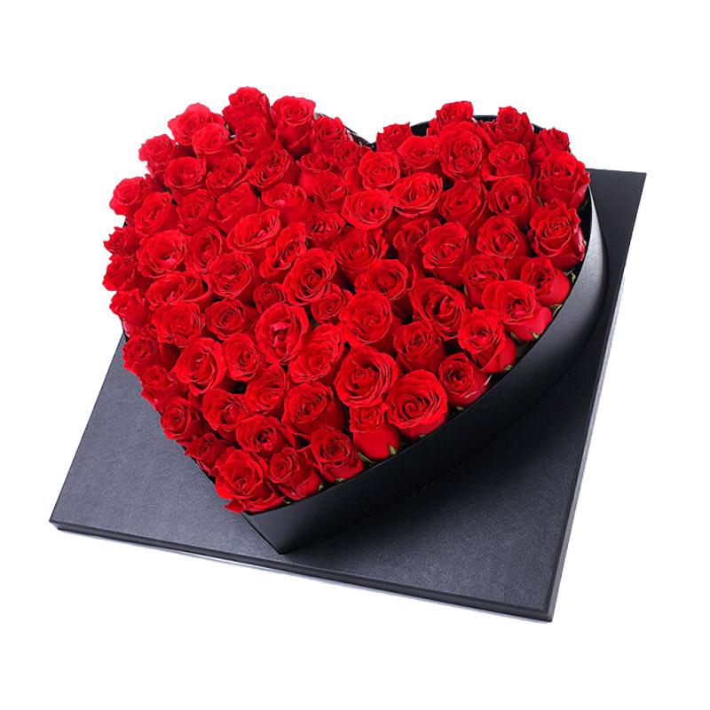 66枝红玫瑰爱心高档礼盒