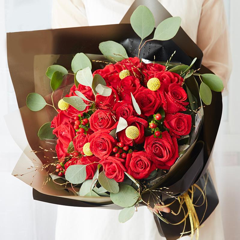 33枝红玫瑰高级花束