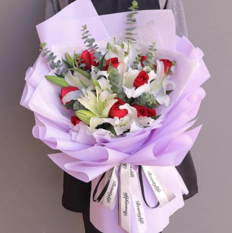 求婚送花,訂婚送花,送花祝福有什么含義