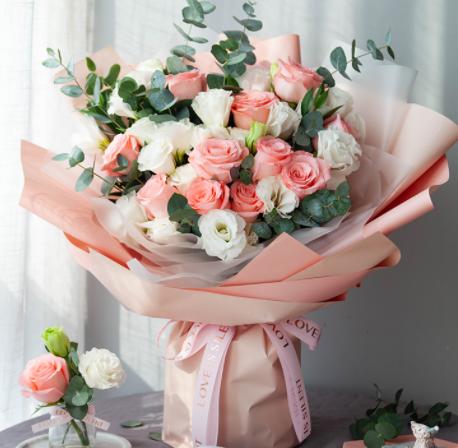 怎么給外地朋友送花 在外地怎么送花給朋友