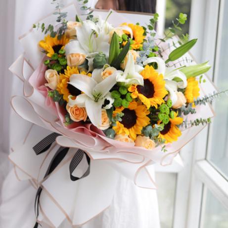 與女友約會送花送什么 適合約會送的花