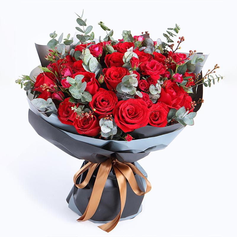 33枝紅玫瑰韓式花束