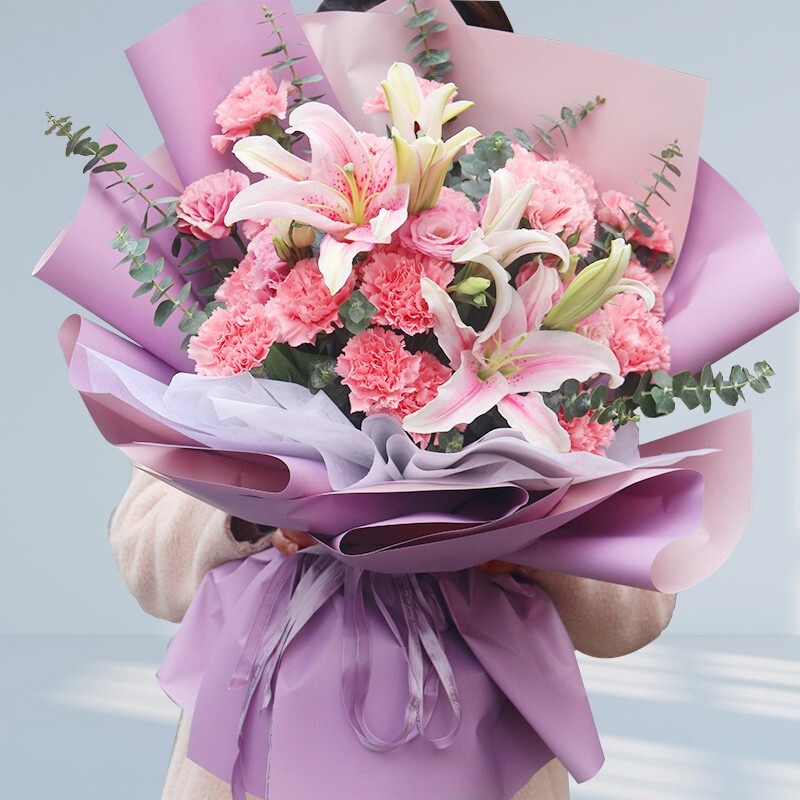 19枝粉色康乃馨搭配粉百合花束