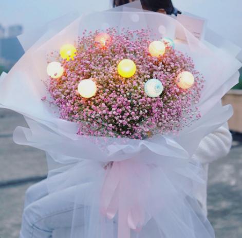 情侶之間送花除了玫瑰還有什么花可以送?