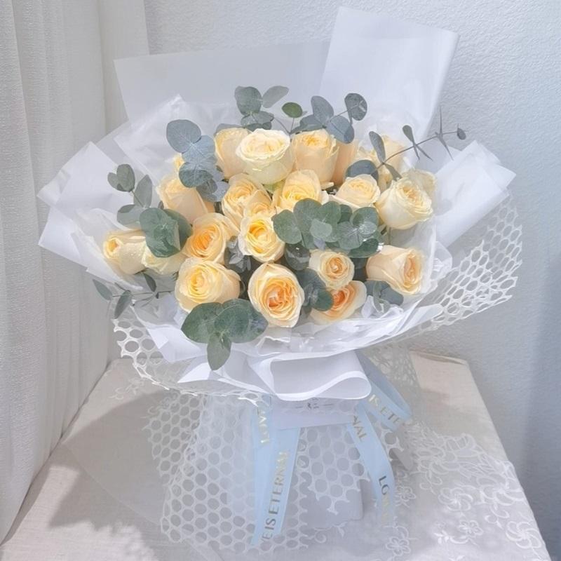 26枝香槟玫瑰韩式花束