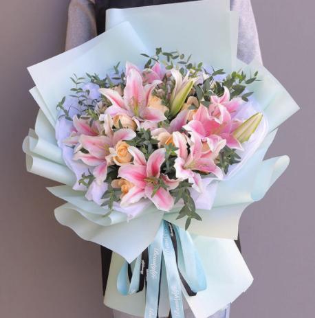 求婚送花注意要點,這么送花就是對的